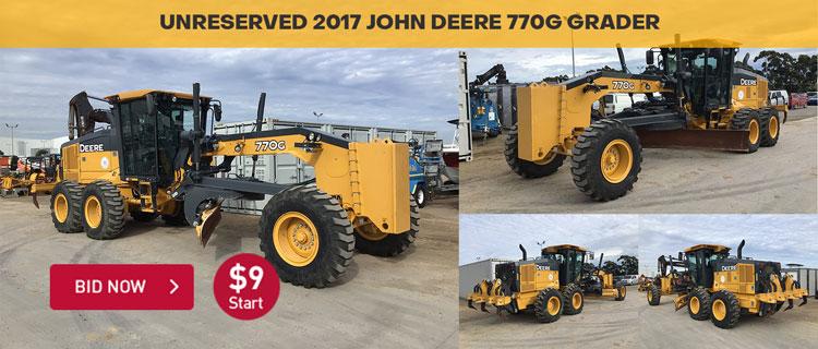 UNRESERVED 2017 John Deere 770G Motor Grader