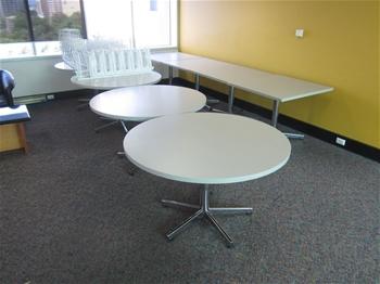 Unreserved Office Furniture Relocation Brisbane Pickup