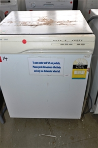 Dishwasher westinghouse 905 colour white with stainless steel interior auction 0014 5002682 for White dishwasher with stainless steel interior