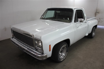 1979 GMC Sierra Classic RWD Automatic Ute, 12,070 miles indicated