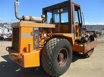 1988 Case Vibromax W1102PD Roller Pad Foot,