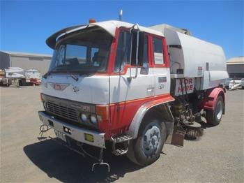 Hino Econo FF12K 4x2 Dual Control Sweeper Truck, 1991