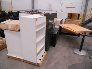 assorted laminate office furniture auction 0505 7016138