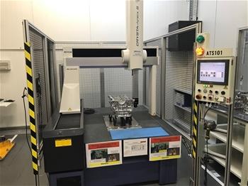 Mitutoyo CMM Machine
