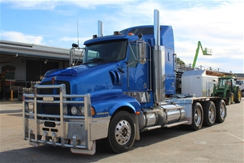 2005 Kenworth T604 Tri Axle 8x4 Lazy Axle Prime Mover, GCM: 147,000kg