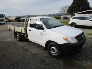 2007 toyota hilux workmate cab chassis auction (0092-3014680) | graysonline  australia