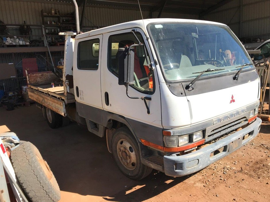 1999 Mitsubishi Canter 4 x 2 Tray Body Truck
