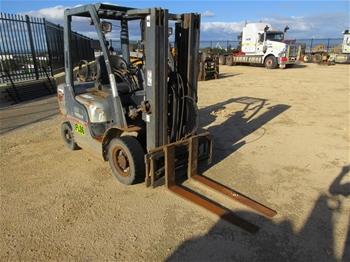 Nissan PL02A25U Forklift Truck