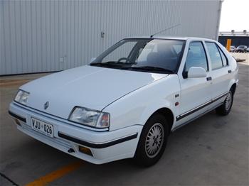1992 Renault 19 TXE FWD Automatic Hatchback