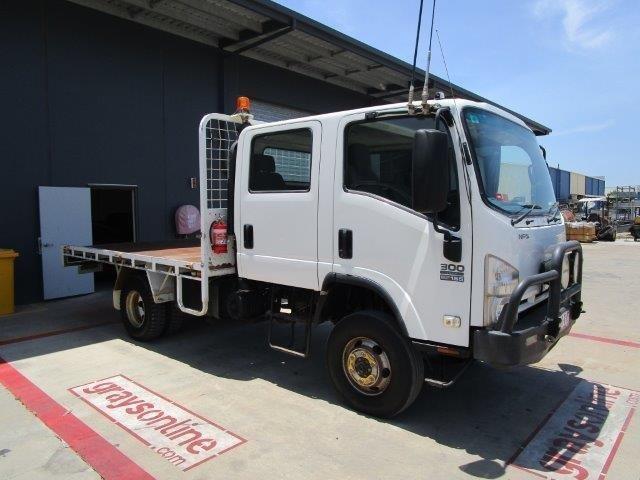 2009 Isuzu NPS 300 Tray Body Truck