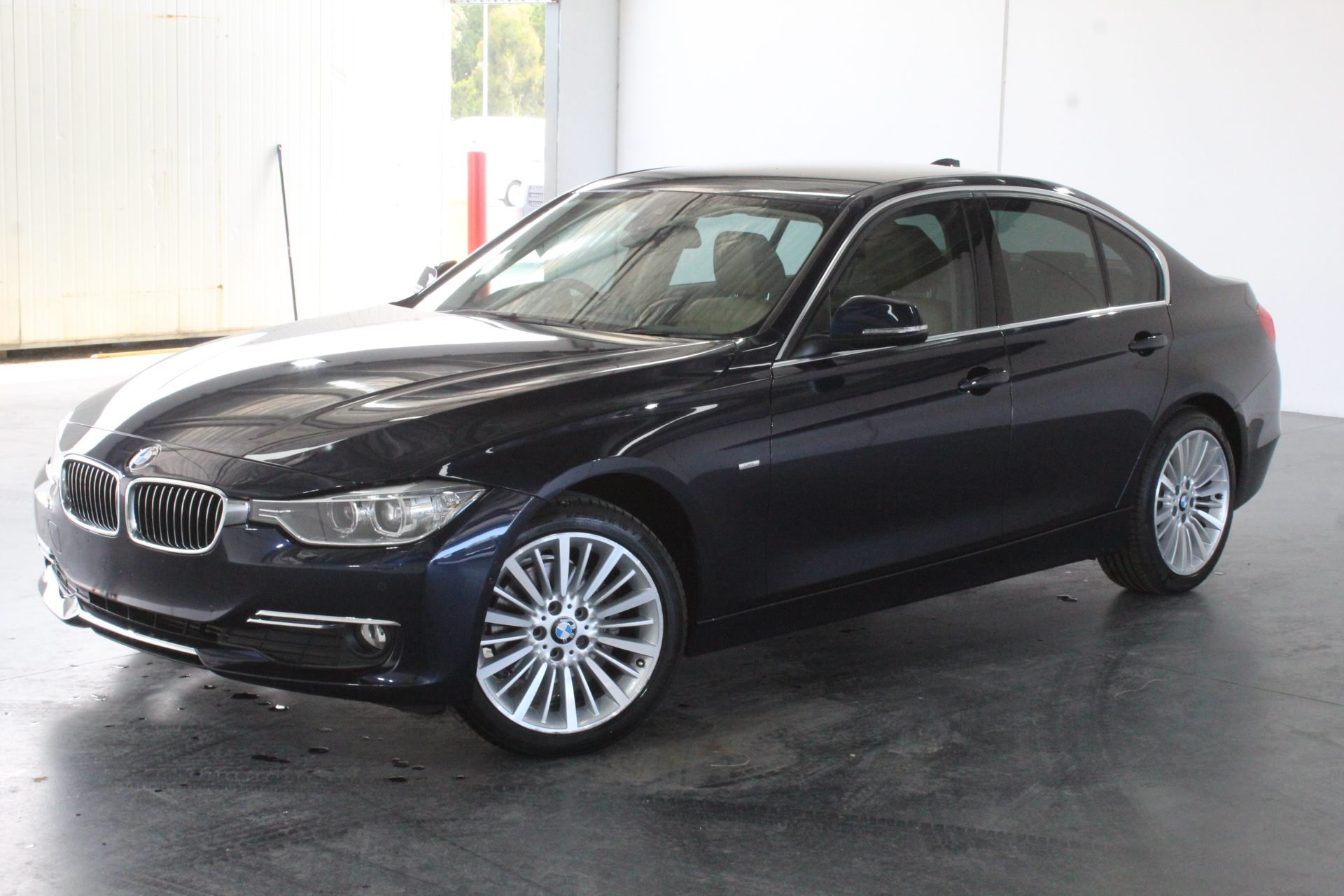 2014 BMW 3 Series 320d F30 Turbo Diesel Automatic - 8 Speed