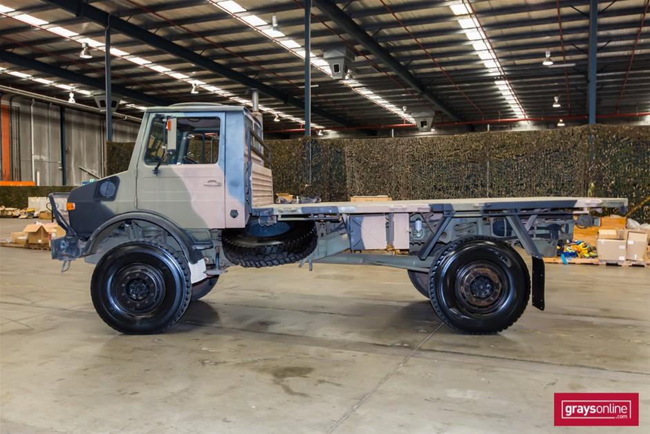 Mercedes Benz Unimog UL1700L Flat Top 4X4 Cargo Truck 09 ...