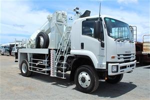 2018 Isuzu FTS 4x4 Pole Borer & Crane Tr