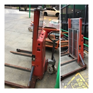 Small Electric Hand Operated Forklift In Used Condition And Working Order