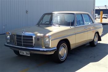 1973 Mercedes Benz 230.6 W114 Automatic Sedan