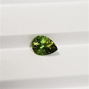 0.67 ct Pear Cut Natural Green Tourmalin