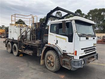 1996 International Acco 6x4 Fuel Service Truck