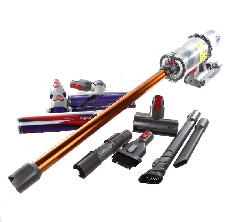 DYSON Cyclone V10 Absolute+ Hand Stick Vacuum & Accessories. N.B. Has had u