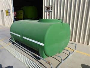2000L Poly Chemical/Water cartage Poly T