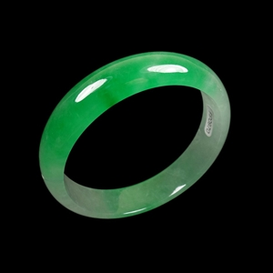 60mm Chinese Natural White Emerald Green