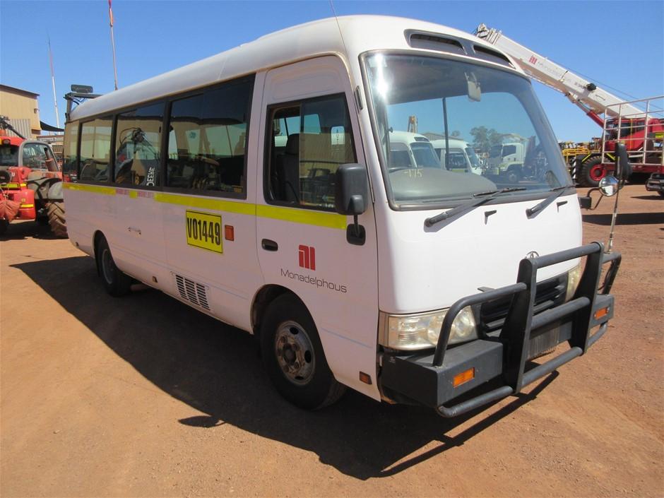 2008 Toyota Coaster RWD Manual 20 Seater Mini Bus