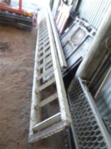 2 x steel Loading ramps