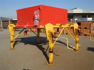 Block and Stand for Block Trucks