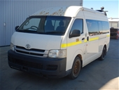 Unreserved 2009 Toyota Hiace Commuter T/D 12 Seats Bus