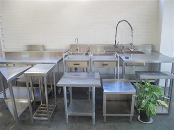 Stainless Steel Benches and Sinks