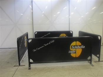 Outdoor Barriers & Sign