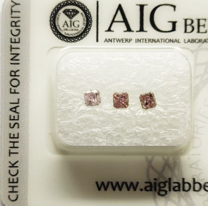 Three Loose AIG Pink Diamond 0.40ct in Total