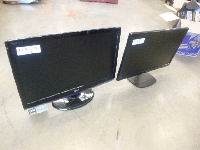 2 x LG Monitors