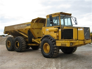 Dump truck, Volvo A25C, articulated, 25 tonne, 2000 (At Moolap, Vic) Auction (0012-3002351 ...