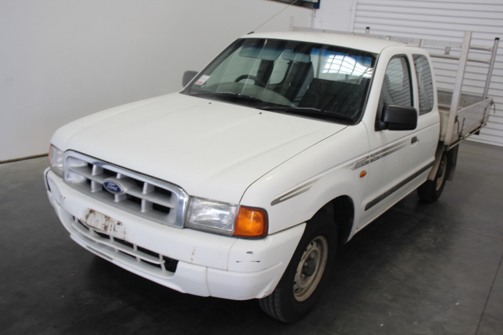 2001 Ford PE Courier 4X2 186,542 km's extra Cab