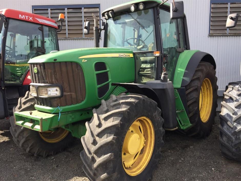 JOHN DEERE 6830 4X4 Cabin Tractor