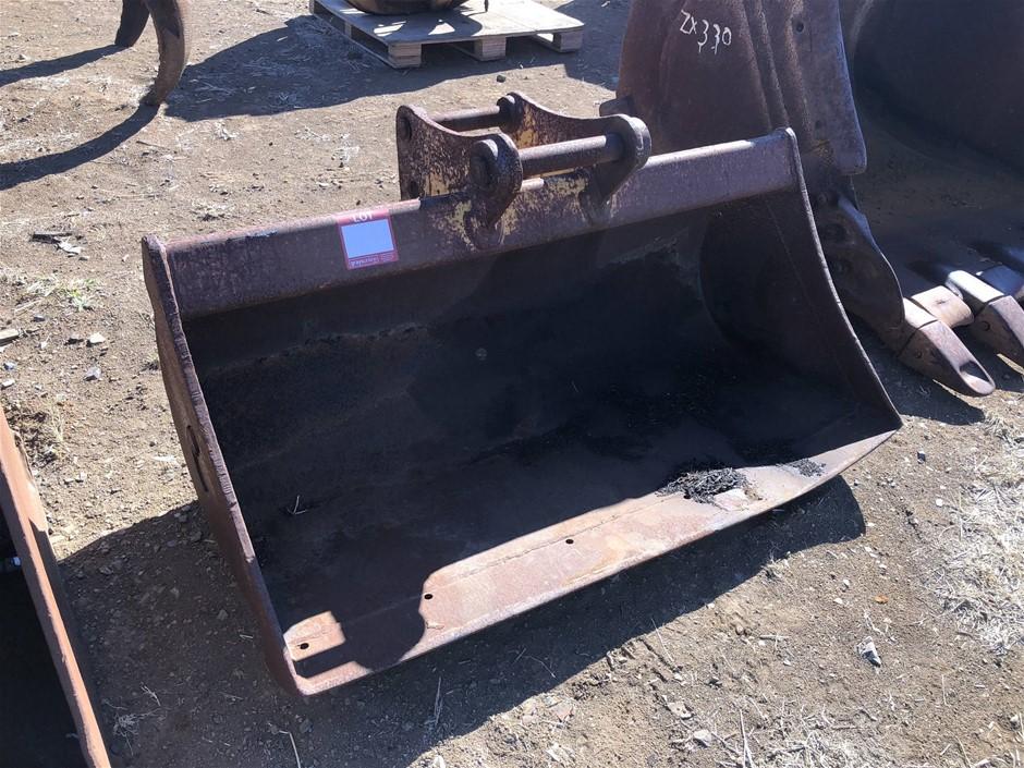 Jaws Tilt Mud Bucket suit 8 -12 tonne excavator