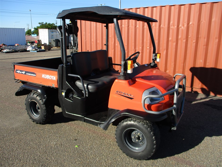 2014 Kubota RTV900 4X4 2 seater ATV
