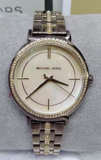 Michael Kors couture NY 'Cinthia' ladies new luxury watch.