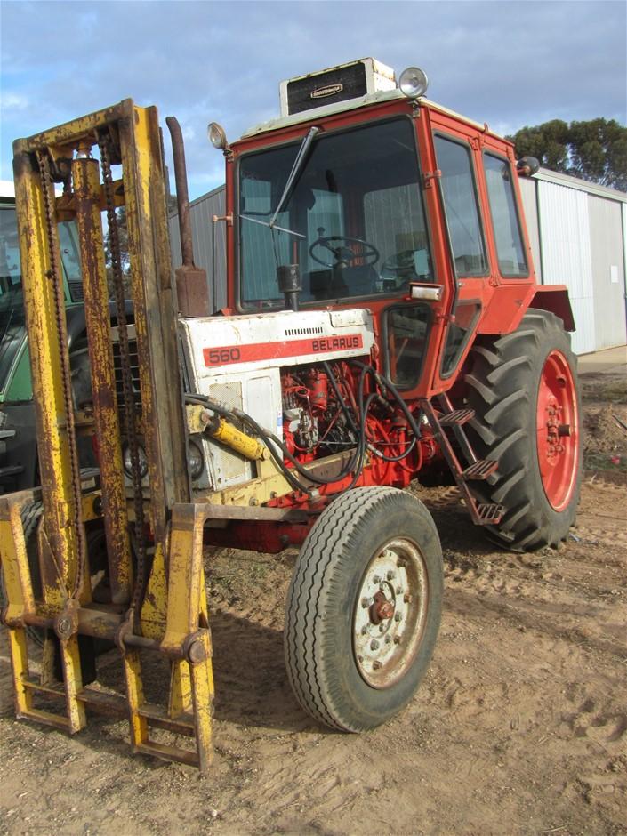 Belarus 560 Tractor