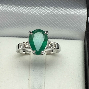 18ct White Gold, 2.20ct Emerald and Diam