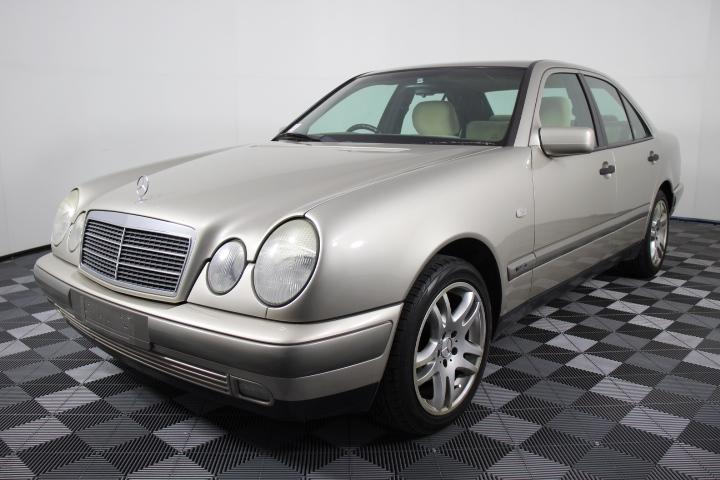 1996 Mercedes Benz E230 Classic Auto Sedan, 159,556km