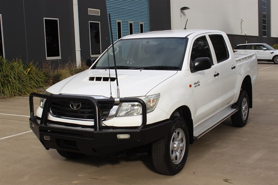 2012 Toyota Hilux SR MY12 KUN26R 4WD Automatic Dual Cab Chassis