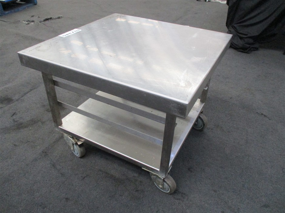 Stainless Steel Trolley With shelf under