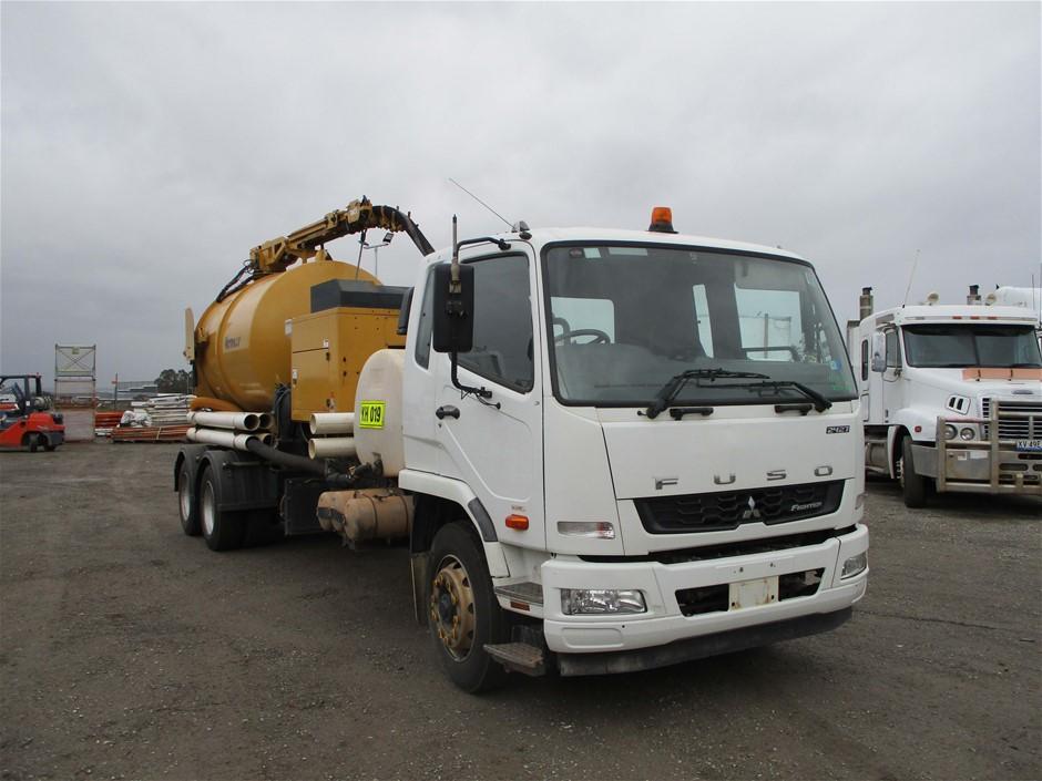 2012 Mitsubishi FN600 Vacuum Truck