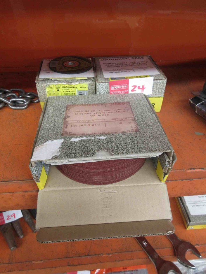 Assorted Cutting and Sanding Discs