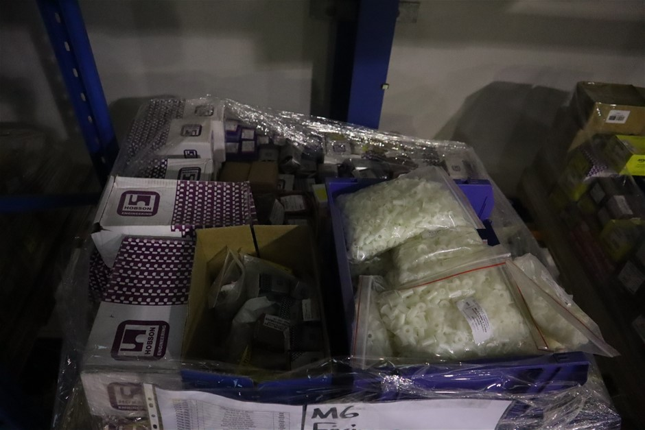 Pallet of fixings (M6)