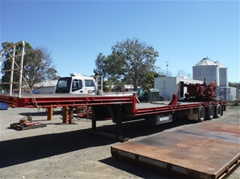 2005 Maxitrans ST3 Triaxle Drop Deck Trailer