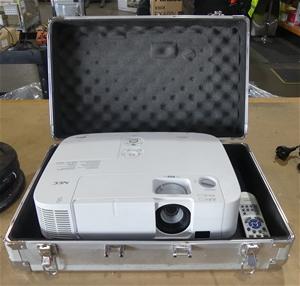 NEC P501X Projector