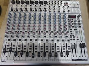 Behringer Eurorack UB2222FX-PRO Mixer