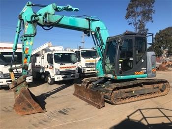 Kobelco SK135SR Excavator